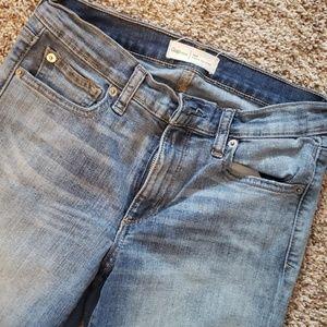 Gap true skinny Jean's sz 28r
